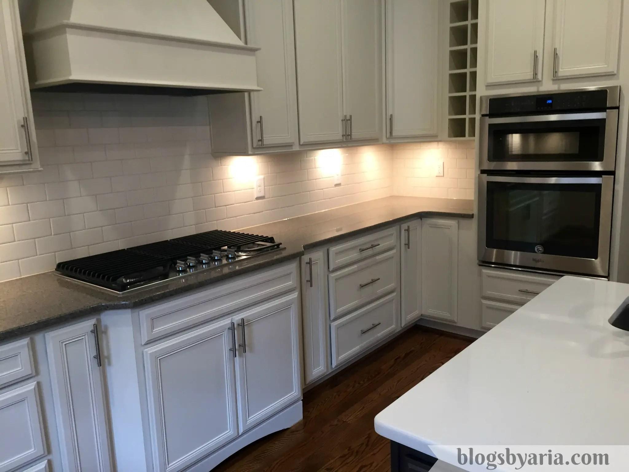 white kitchen quartz counter tops