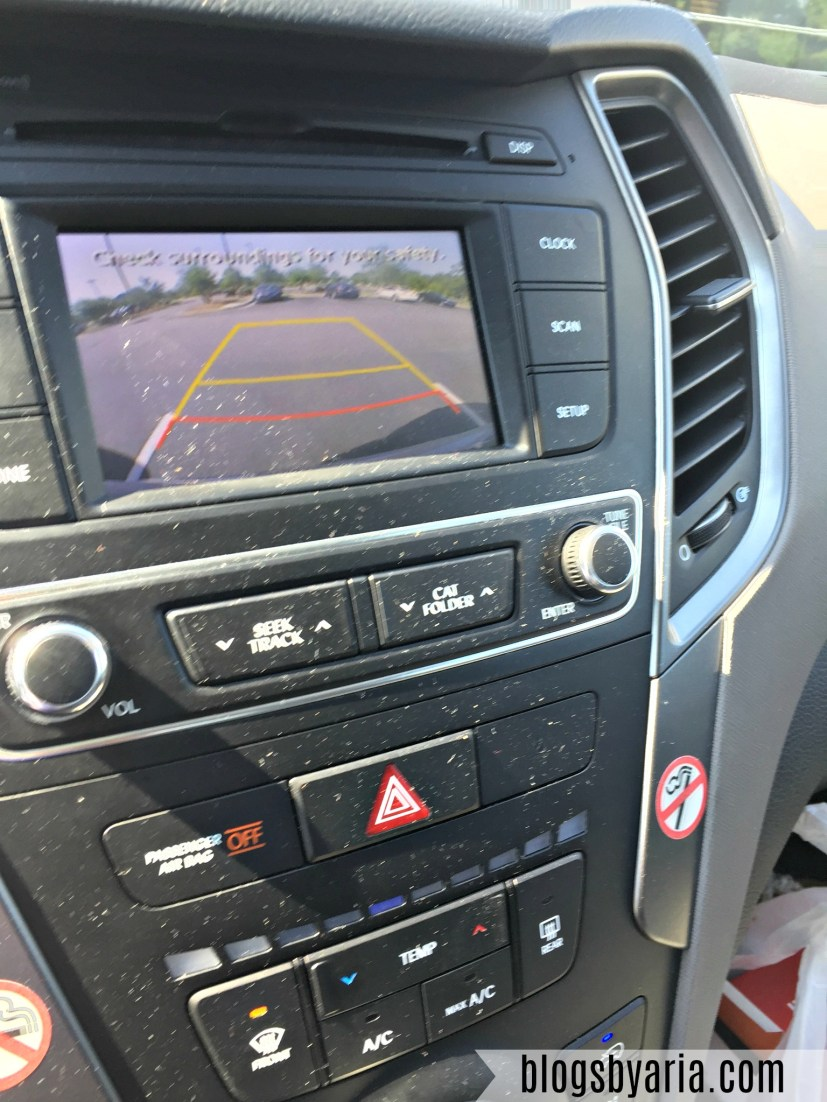 Hyundai Santa Fe Sport infotainment center