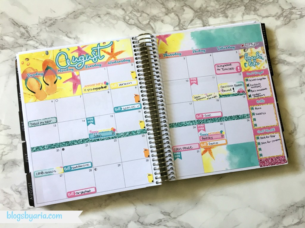 August monthly planner spread