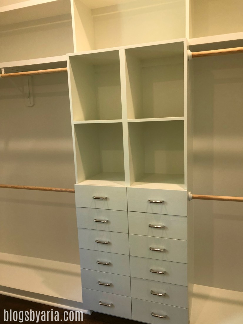 in love with this master walk-in closet and all of the storage