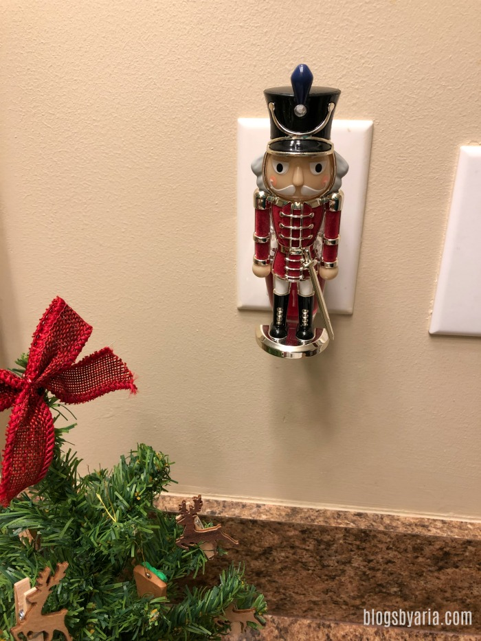 I love my nutcracker soldier in our powder room