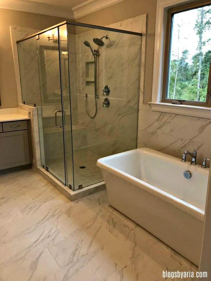 marble tile bathroom design ideas