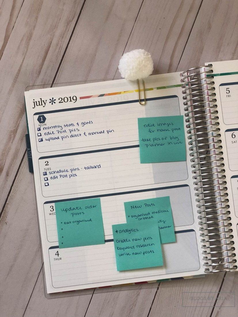 planning out my week with lots of post its