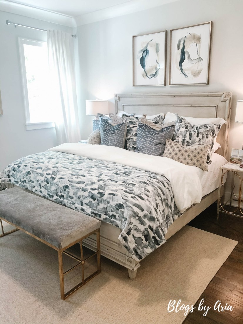 farmhouse glam bedroom decor