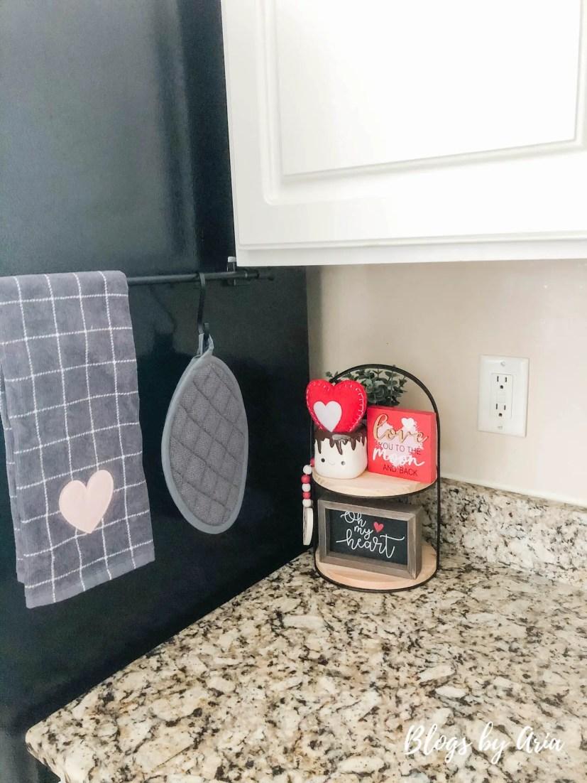 valentines kitchen decor