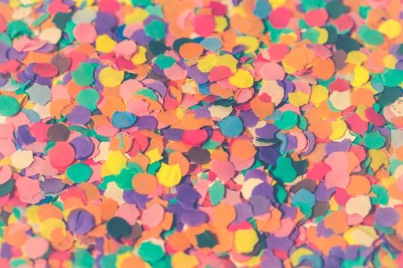carnival-3076953_1920