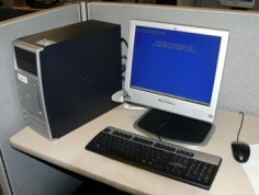 desktop-with-monitor-keyboard-and-mouse