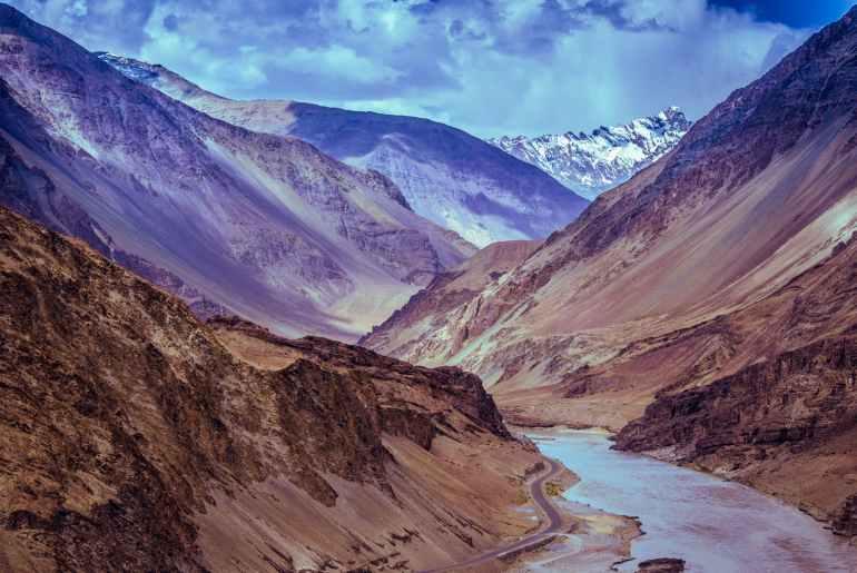 traveling in Leh Ladakh
