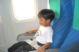 fly with kids