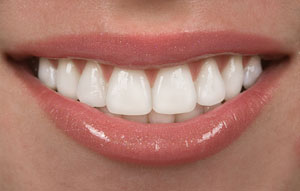 8-tips-for-how-to-keep-your-teeth-healthy-&-clean