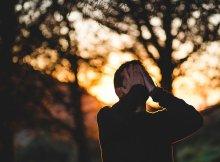 Oração para afastar a tristeza do seu coração
