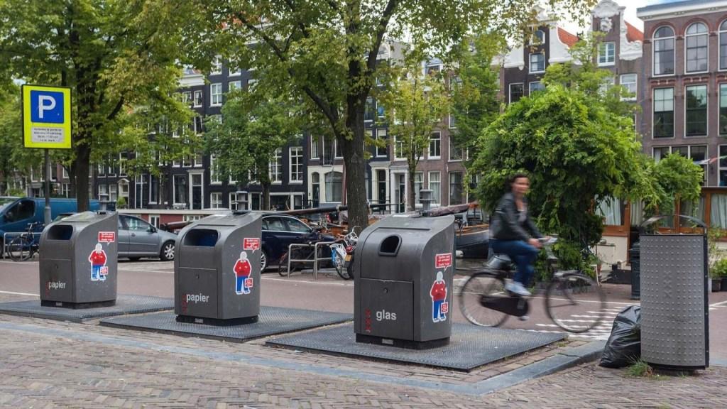 Trash & Recycling Bins Online Shopping