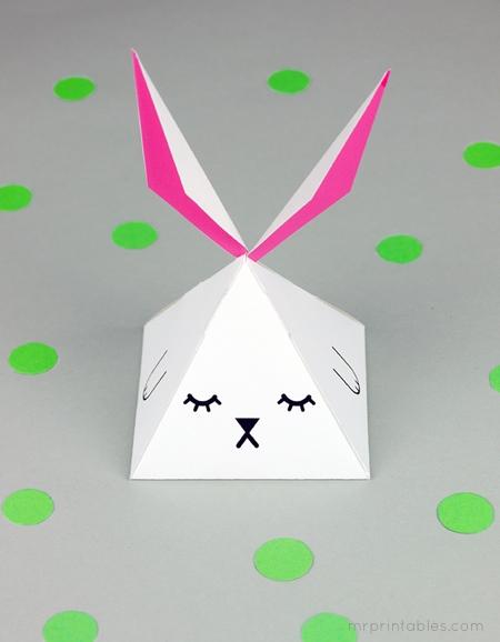 party-favor-box-pyramid-bunny