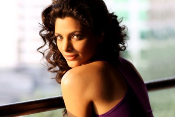 10 Female Bollywood Debutants to look forward to in 2016 - Saiyami Kher