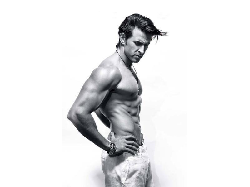 10 Hot Pics of Hrithik Roshan that will get the temperature soaring instantaneously!- Hrithik Waist