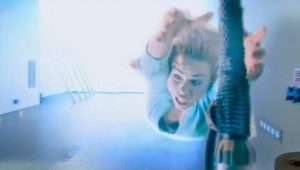 Rose Tyler (Billie Piper) - Doctor Who - Doomsday (c) BBC