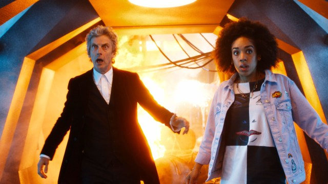Doctor Who S10 - Screen grab from episode one The Doctor (PETER CAPALDI), Bill (PEARL MACKIE) - (C) BBC - Photographer: screen grabs