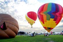 envolees_de_montgolfieres