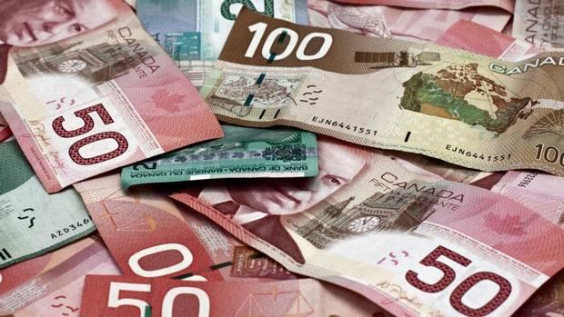 plein-d-argent-canadien-pour-les-chefs-autchtones