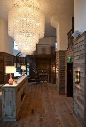 soho-beach-house-miami-lobby
