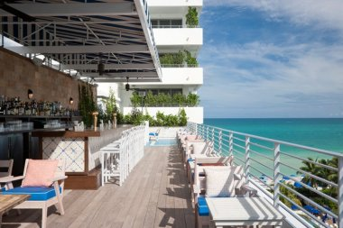 soho-beach-house-miami-terrasse