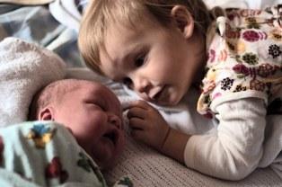 bebe-vient-au-monde-iamtheplanetcore