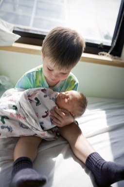 bebe-vient-au-monde-swambo