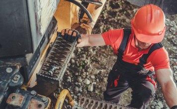 Conducteur de camion dans une mine