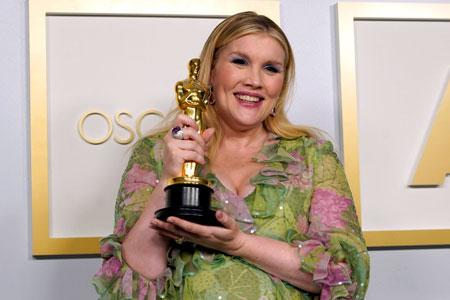 La guionista Emerald Fennell, ganadora del Osca