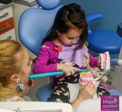 dintii de lapte vizita copilului la dentist