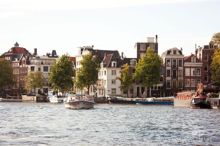 Amsterdam-craziera pe raul amstel