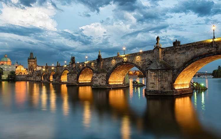 Jembatan Terindah Di Dunia - Charles Bridge