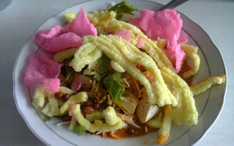 Makanan dan Minuman Khas Jakarta - Asinan Betawi