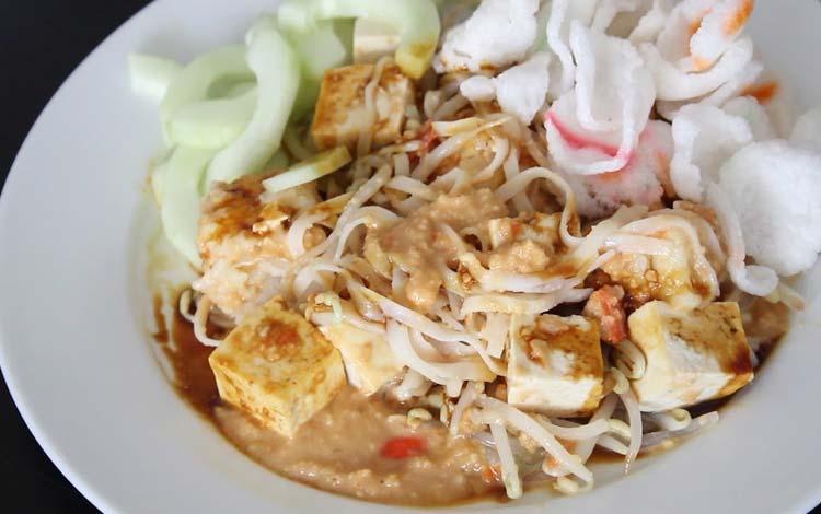 Makanan dan Minuman Khas Jakarta - Ketoprak