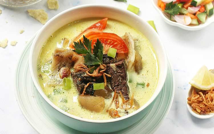 Makanan dan Minuman Khas Jakarta - Soto Betawi