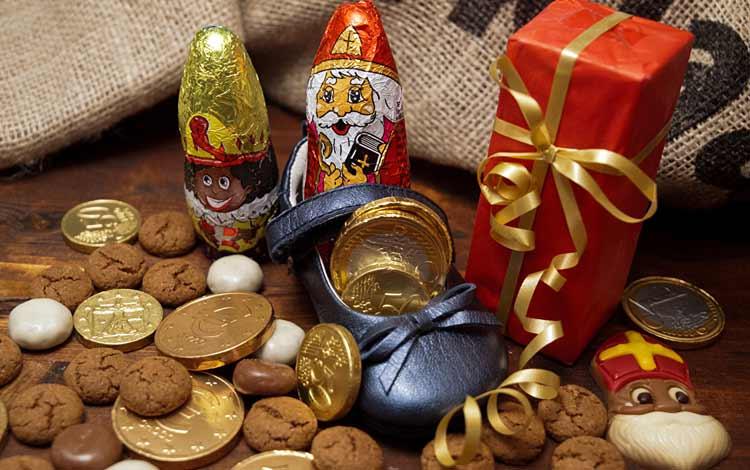 Makanan Dan Minuman Yang Identik Dengan Perayaan Natal - Chocolate Coin