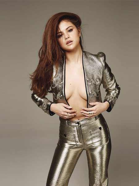 Penyanyi barat cantik dan seksi - Selena Gomez