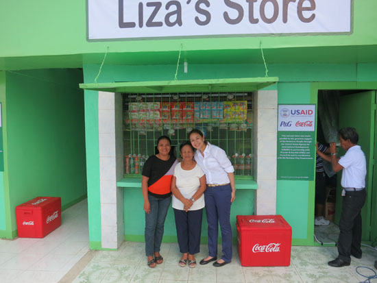 Anna legarda with hope Store Recipients