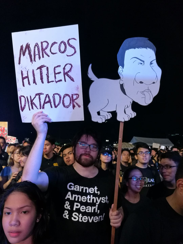 marcos-hitker-diktador