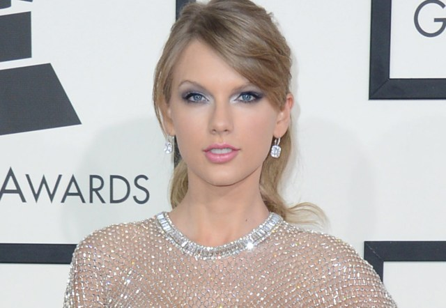 Taylor Swift arrives at the 56th annual Grammy Awards at Staples Center on Sunday, Jan. 26, 2014, in Los Angeles. (Photo by Jordan Strauss/Invision/AP)
