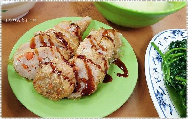 640dc2ca b434 4979 953d d86e77fa04b6 - 向上市場人氣小吃阿隆麵攤,滷肉飯也不輸給乾麵,可惜燒肉沒賣了!