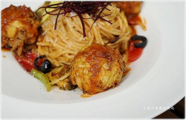 8a8b4814 12fb 4e81 b95f 51cb014802d2 - 熱血採訪║蕃茄食光,台中義式蔬食料理,顛覆傳統作法、結合創意的蔬食料理,大魚大肉OUT,偶爾享受一下健康蔬食