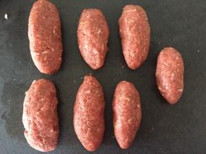 Mięso mielone zwinięte w rolady
