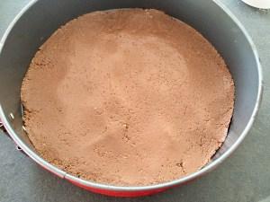 Masa na spód ciasta w tortownicy