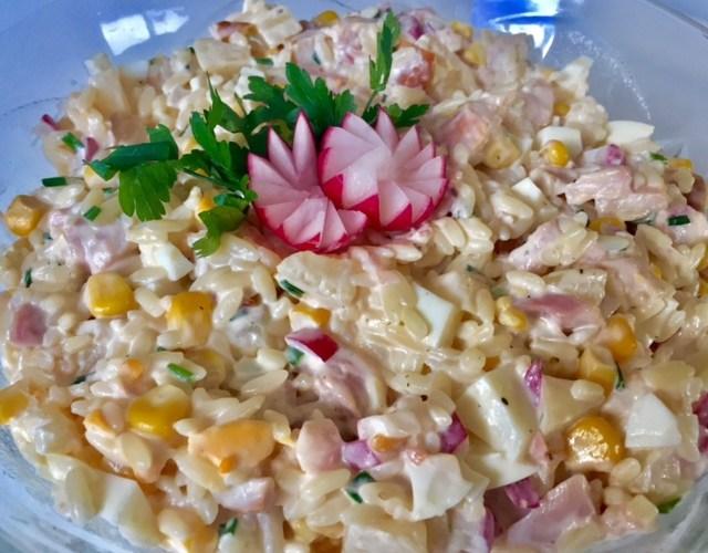 Salatka Z Wedzonym Kurczakiem I Ananasem Blog Z Apetytem