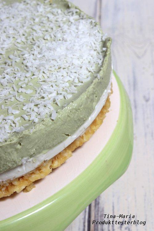 Matcha Mascarpone Cocos Cake