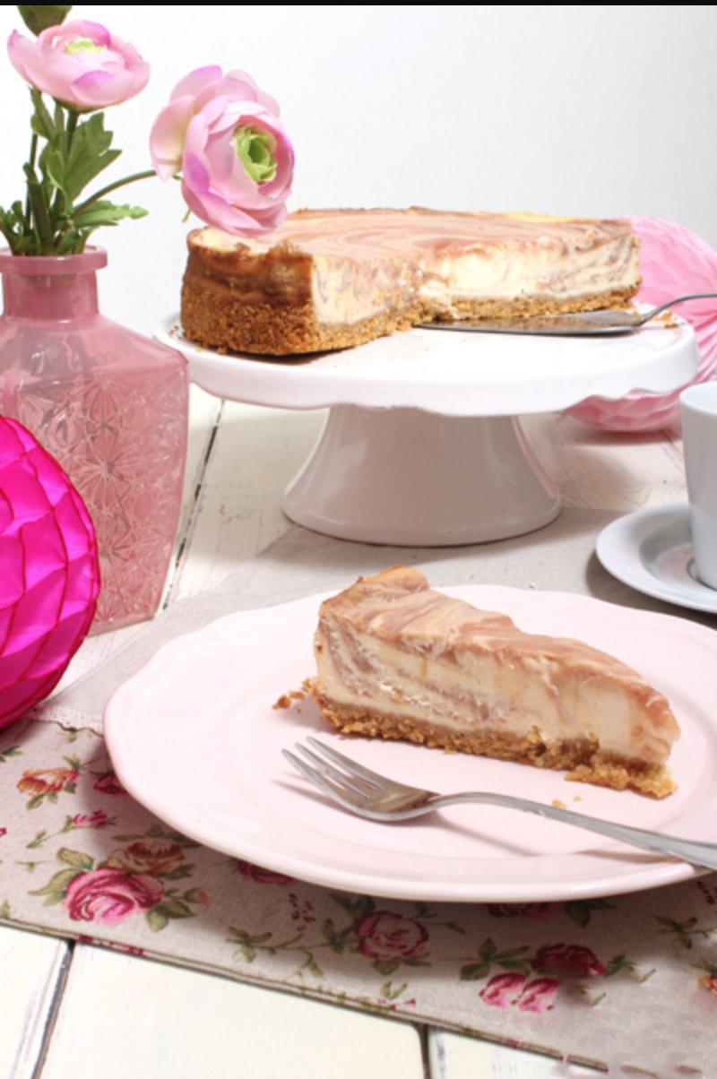 Rhabarber Cheesecake mit Gluten Free Cornflakes