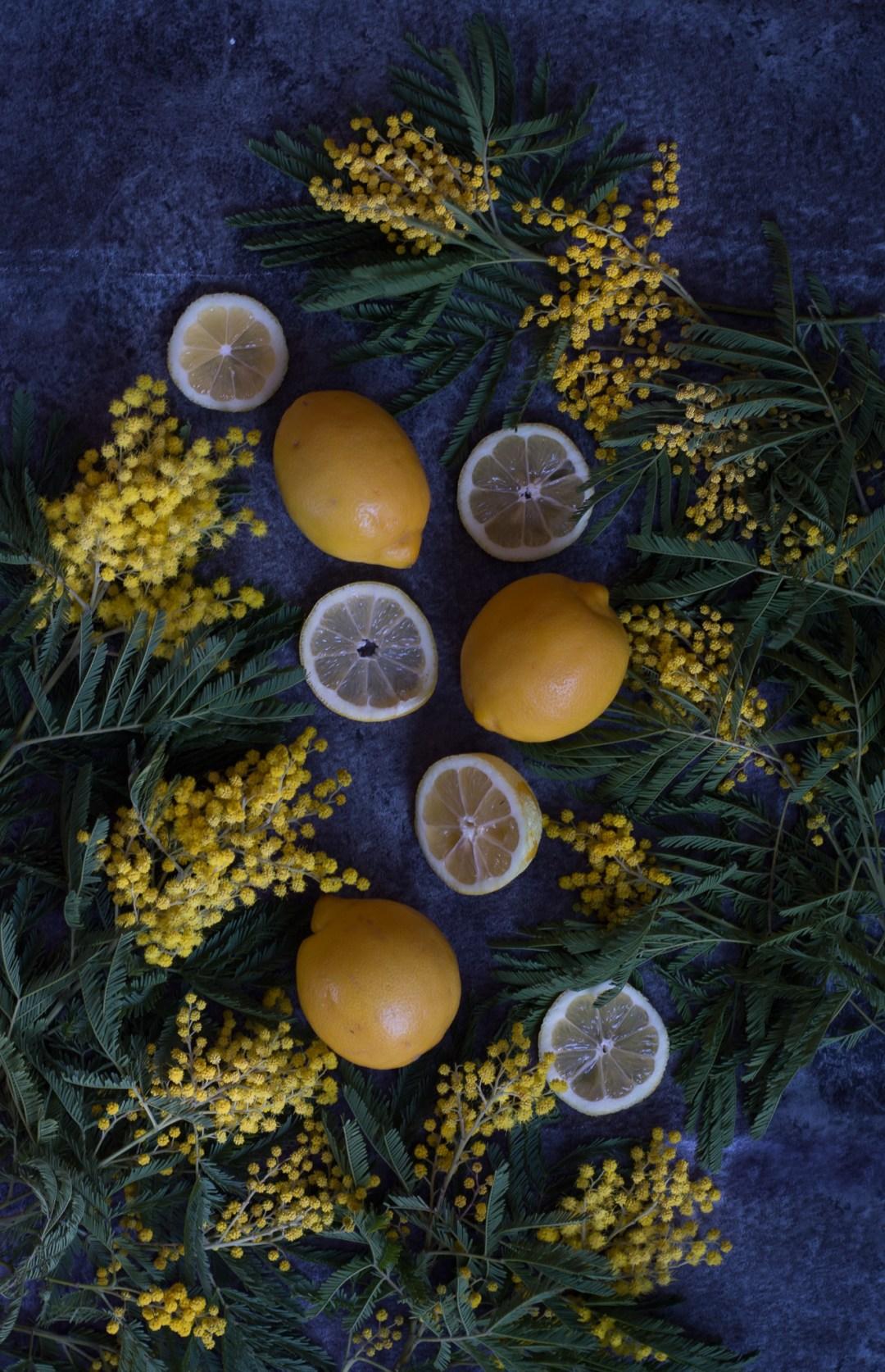 citroner och mimosa