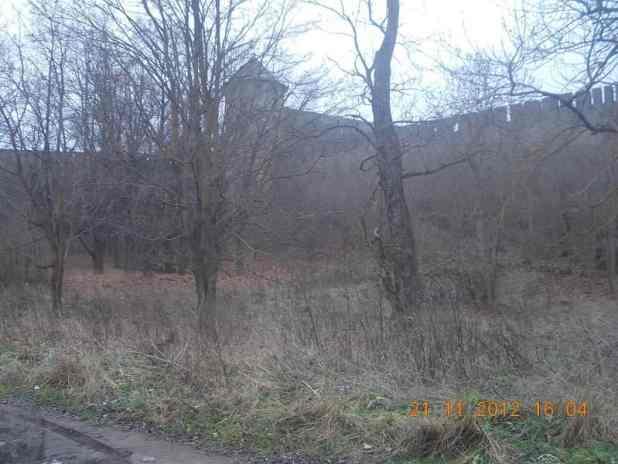 У стен древней крепости Ивангород