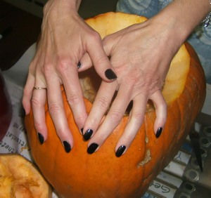 Trick_or_treat_nails